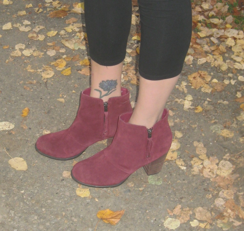 $11.90 unworn suede boots, originally from Amercian Eagle Outfitter!