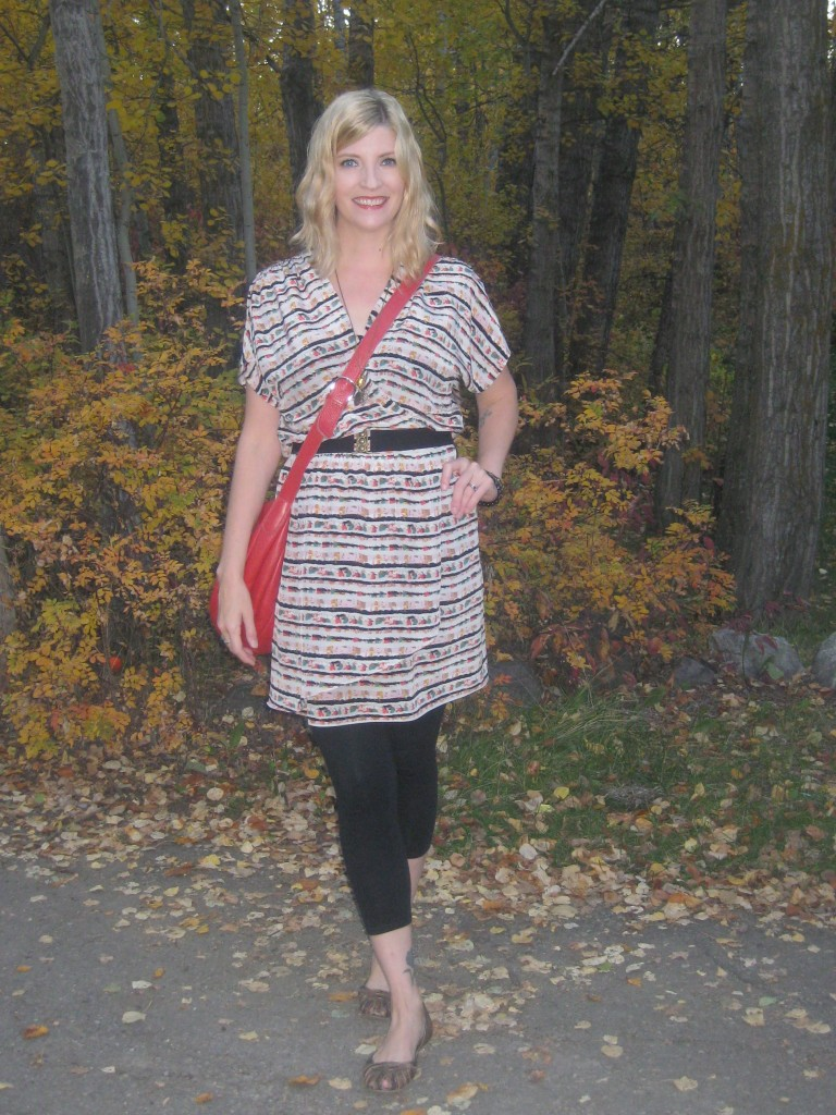 Outfit take 1: BCBG silk tunic $5, leggings $6, red leather bag $10, shoes $3.