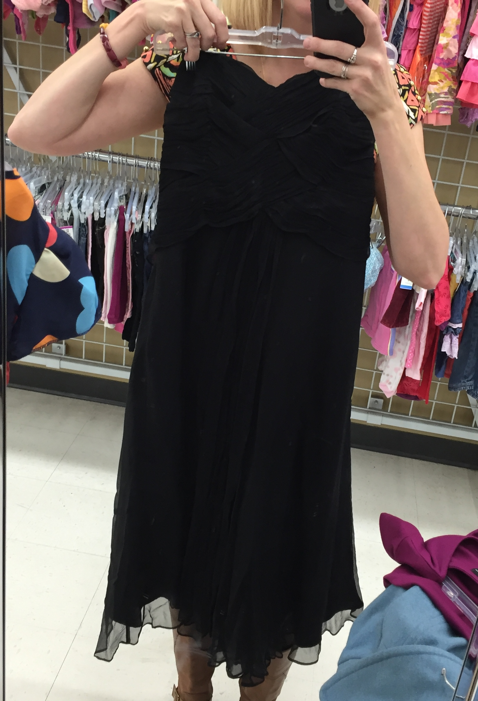 Got a Christmas party?! Try thrifting a dress (or 31 if you're me). This stunning dress was less than $15. I didn't get it because I'm being MINDFUL. That doesn't mean I didn't cry when I said goodbye.
