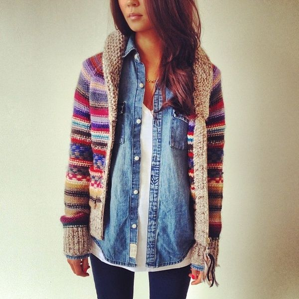 This pin reminded me of the sweater - tee, open chambray and that vintage sweater - SWEET!