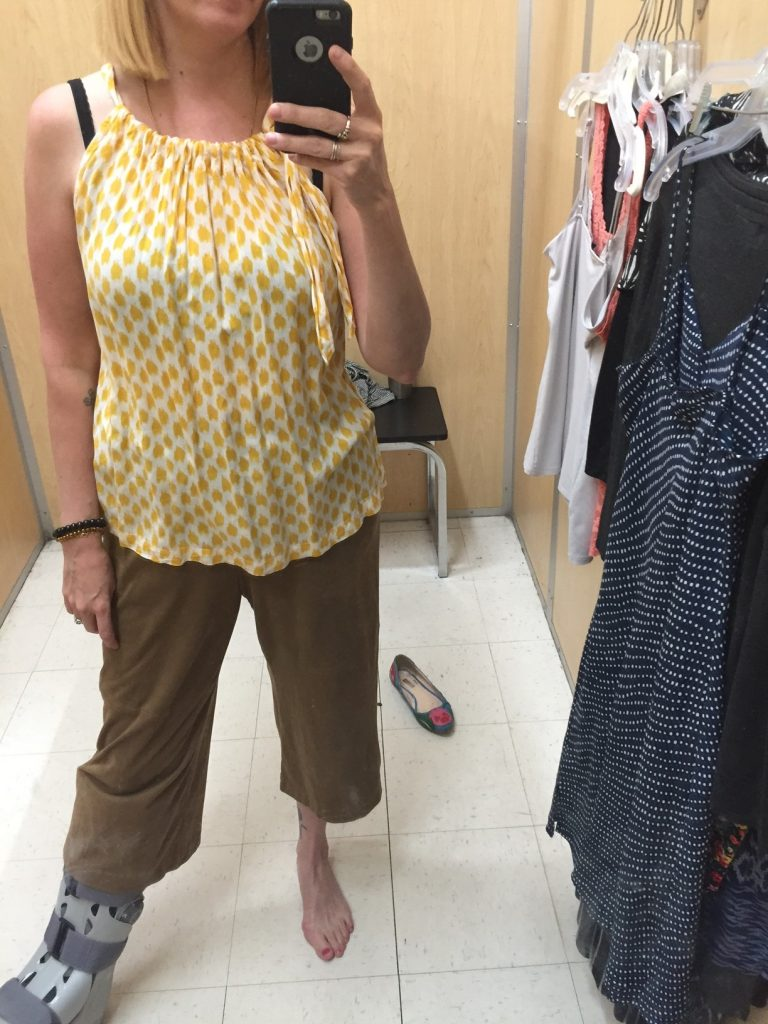 Mustard print sleeveless forgiving top for $4.90... KEEPER, obv. DO YOU EVEN KNOW ME??!!