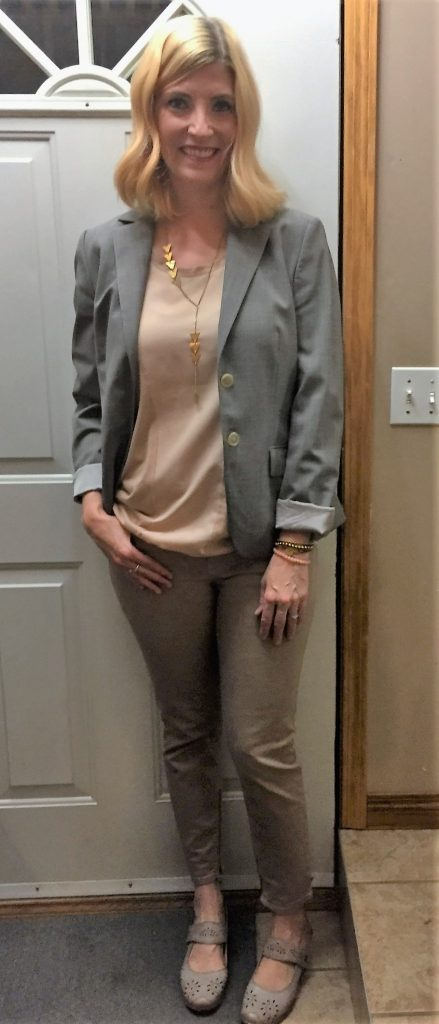 My favourite outfit this week was on Thursday. I loved how the neutrals came together!