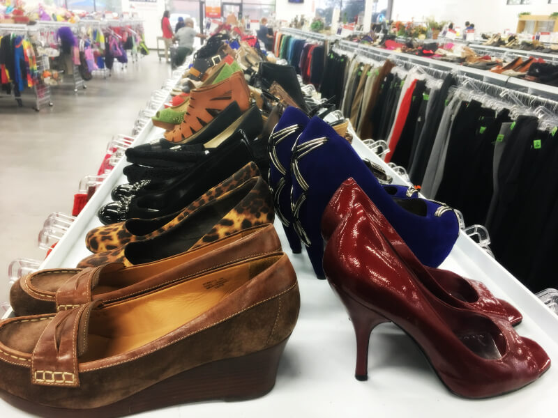 6d051f5a1fc 10 Strategies for Success in Second Hand Stores - The Spirited Thrifter