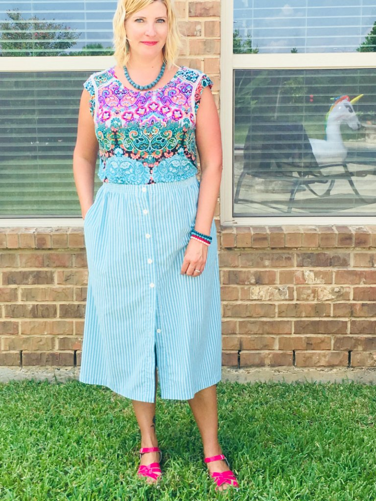 5 Ways to Wear a Vintage Skirt by The Spirited Thrifter